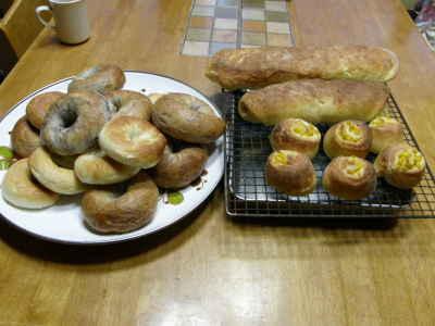 今年最初のパン