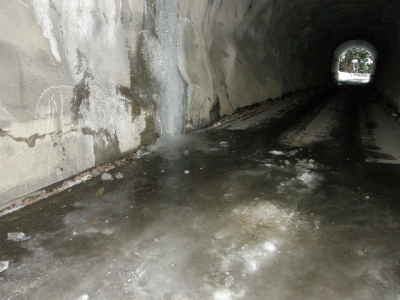 紀和トンネル1