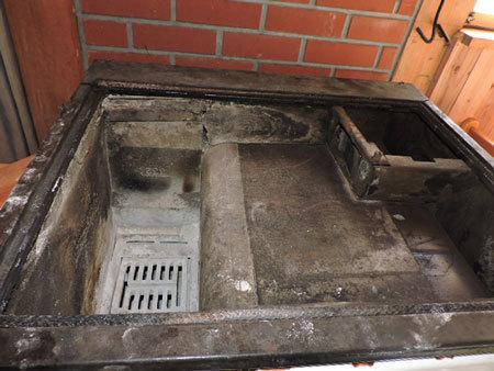 薪オーブンの掃除2