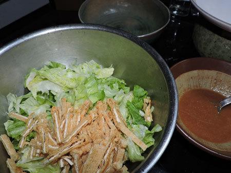 レタスと揚げの酢味噌サラダ1